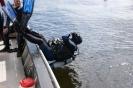 12-06-17 bootduik Vinkeveen